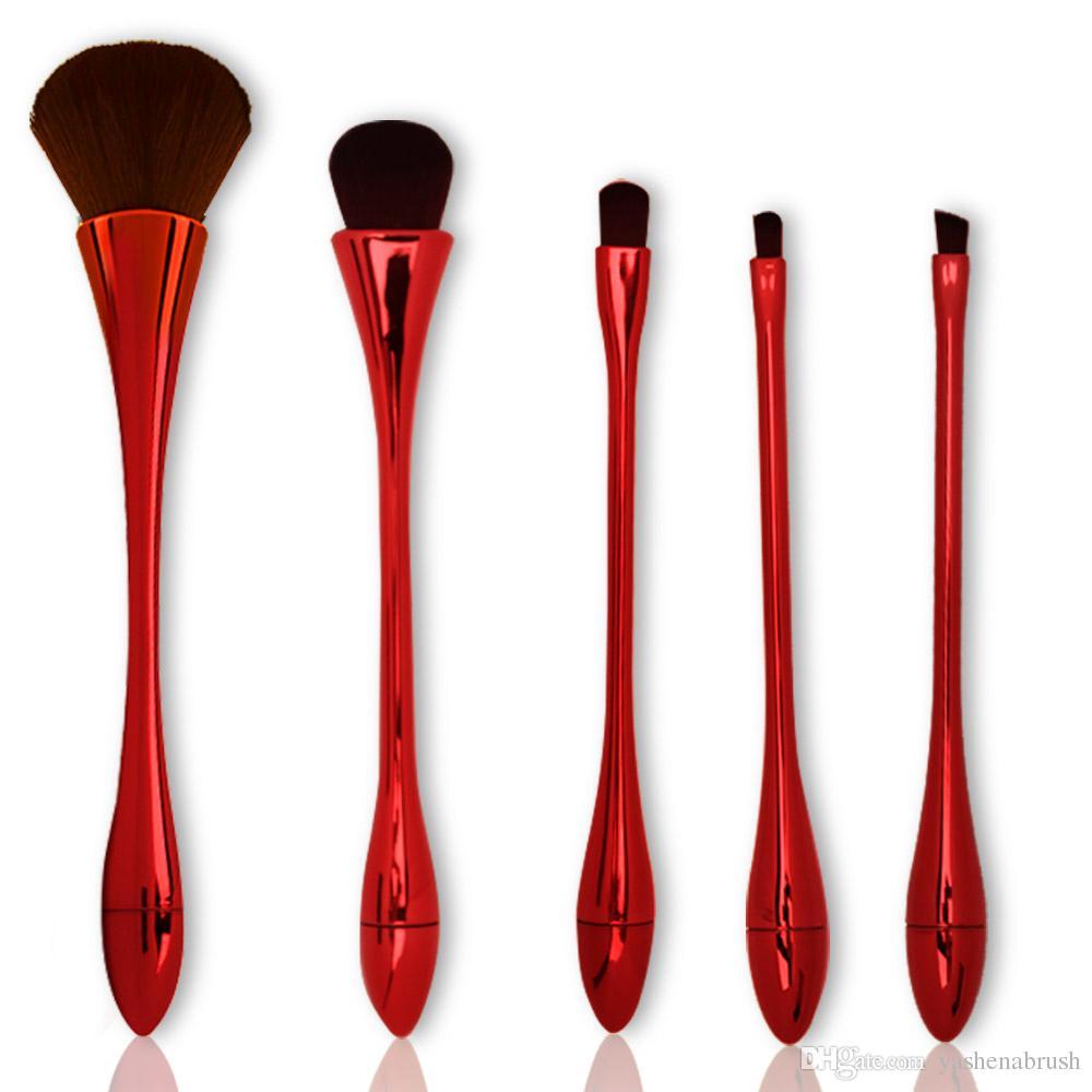 Paddle makeup brush