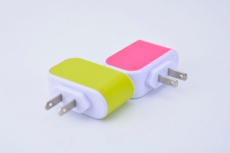 US-EU-Stecker 3 USB-Ports-Ladegerät 5V 3.1A LED-Adapter-Spielraum Convenient Power Adapter mit Dreifach-USB-Anschlüsse für für Samsung