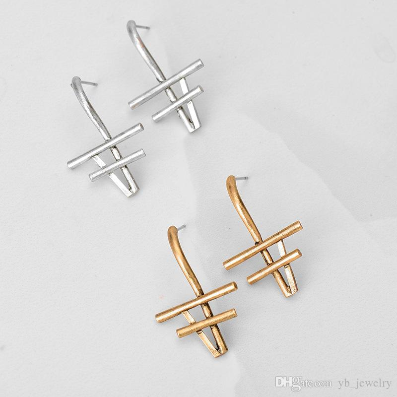2017 Summer Hot Style Delicate Basic Stud Earrings old exaggerated personality geometry women stud earrings earrings