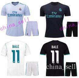 2017 2018 Real Madrid Soccer Jerseys Set Men Kits Jersey 7 RONALDO 10 JAMES  MODRIC BALE KROOS ISCO BENZEMA Set Kit Shirts Top Quanlity Soccer Jerseys  Online ... 397e7792e