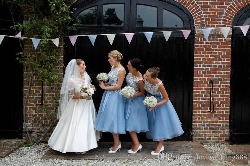 2019 Blue and White Applique Tearique The Bridesmaid платья платья дешевые драгоценные гаечные гаечные гаечные пальцы без рукавов