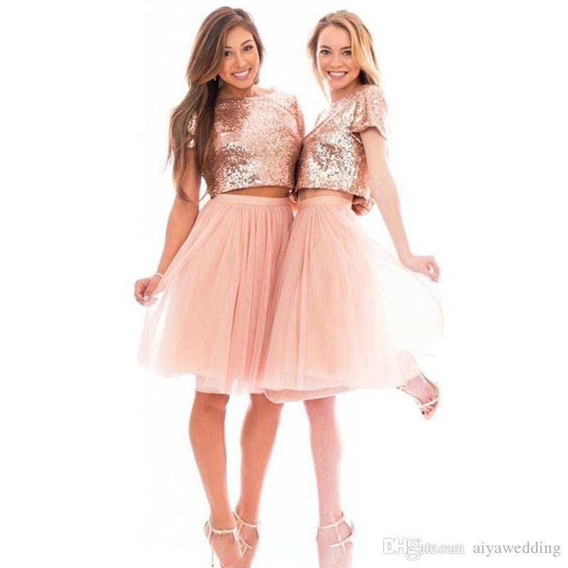 2019 Sparkly Blush Pink Rose Gold Pailletten Brautjungfernkleider Strand Günstige Kurzarm Plus Größe Junior Zwei Stücke Prom Party Kleider