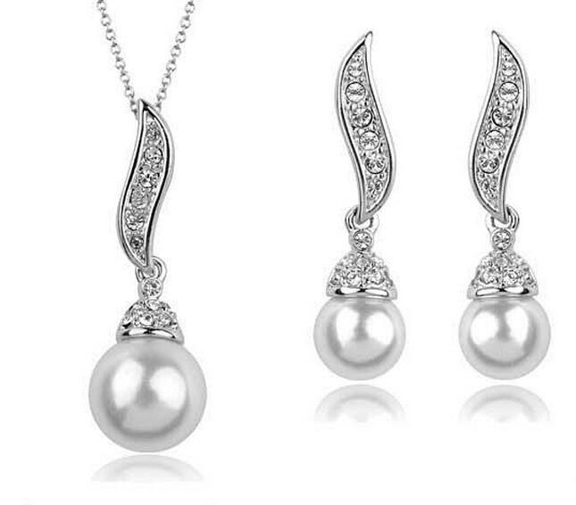عالية الجودة رومانسية الذهب / الفضة مطلي المياه العذبة لؤلؤة أجنحة الملاك قلادة / أقراط مجموعات مجوهرات العروسة للنساء