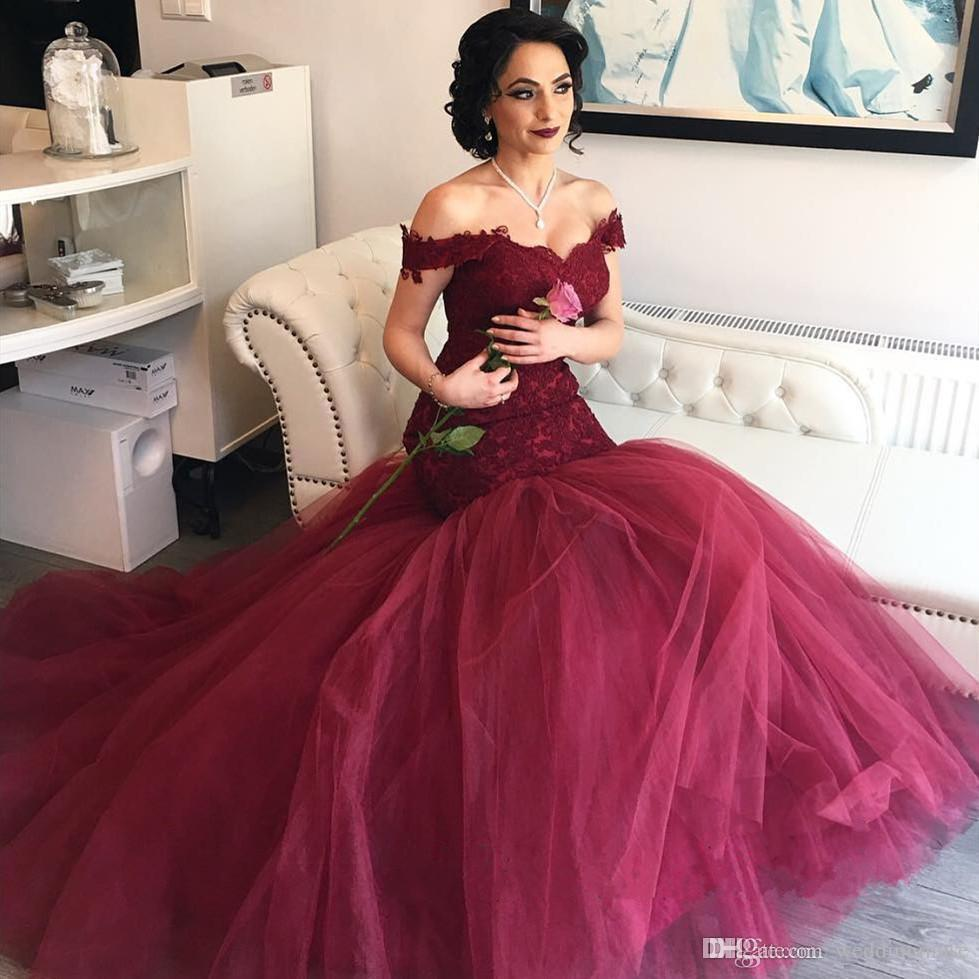 2020 Burgundy Evening Dresses Mermaid Prom Dresses Aso Ebi Off Shoulders Sweetheart Lace Bodice Tulle Backless Evening Gowns Sweep Train