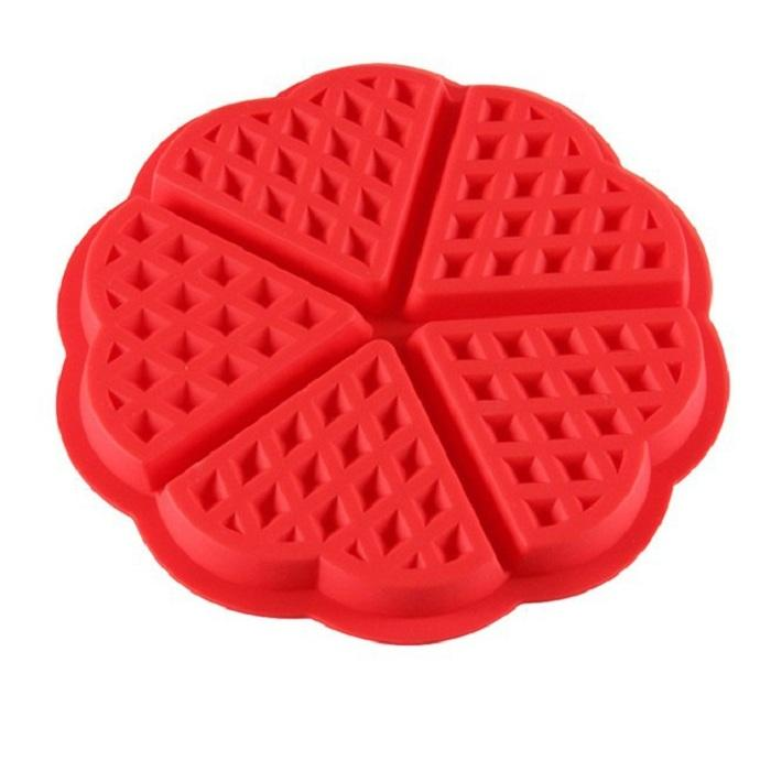 2017 ECO Friendly DIY Silicone waffle cookie muffin mould 4 with square love waffle mould Kitchen items cake mould wholesale
