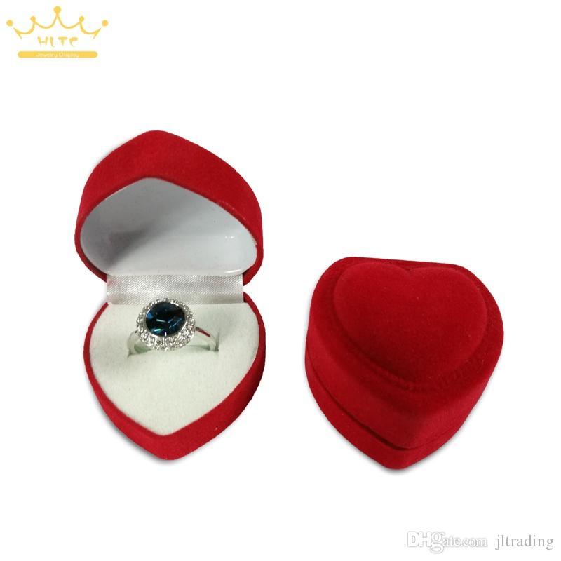 Gran venta Pequeña moda Rojo en forma de corazón Caja de anillo de bodas Lindo Mini Red Terciopelo Anillo de almacenamiento Estuches portadores Caja de embalaje Organizador Caja de embalaje