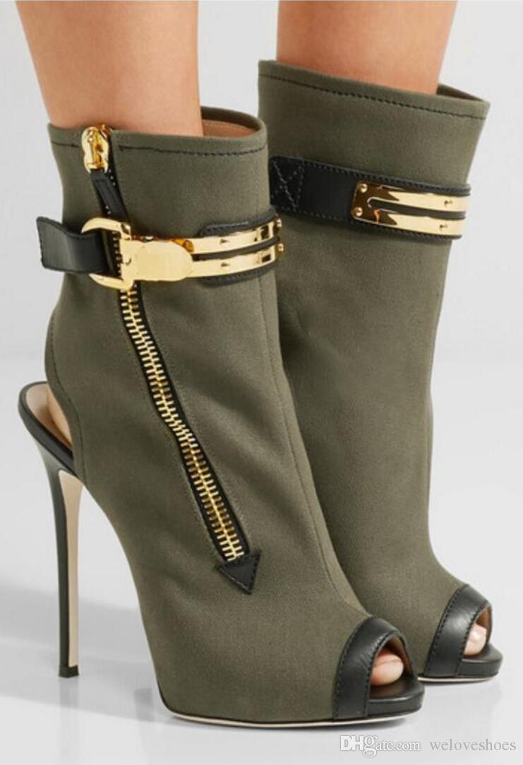 bba268457 Compre 2017 Tobillo De Verano Botas Sandalias De Cuero Verde Del Ejército  Botas De Las Mujeres Peep Toe Botines Laterales Zip Mujer Botas Zapatos De  Fiesta ...