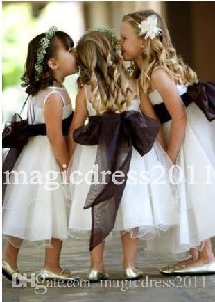 A-Line Abiti da sposa Bohemia Beach Country Wedding con Borgogna del telaio 2020 Jewel economici ragazze Pageant Abiti Comunione