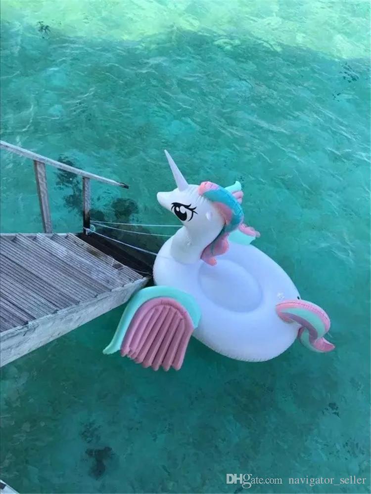 I capretti gonfiabili di galleggiamento dei bambini di estate scherza i giocattoli della spiaggia della piscina di nuotata degli sport acquatici gonfiabili che nuotano il galleggiamento Arcobaleno del cavallo PVC DHL / Fedex