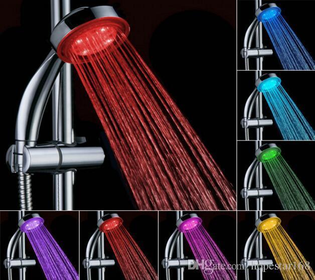 Ванная комната светодиодная душевая головка RGB автоматическое изменение цвета Освещенное свечение в темноте без батареи ручной воды водяной осадкой питание аксессуар