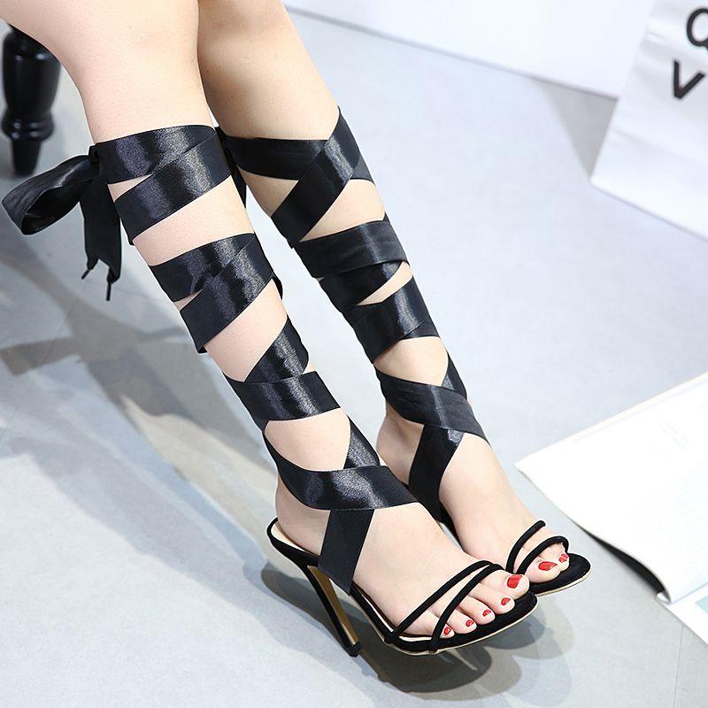 Compre Sandalias De Gladiador Negras Zapatos De 2 Maneras Cinta De Satén  Tobillo Cruzado Tiras Finas Bombas De Tacón Alto Tamaño 35 A 40 A  29.12  Del ... 2f0c1041dada