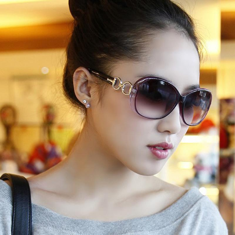 b737dbafa24b DIGUYAO Vintage Women Classical Oversized Sunglasses Frame Gradient Lens Glasses  Oculos De Sol Feminino Women Brand Designer Online with $2.39/Piece on ...