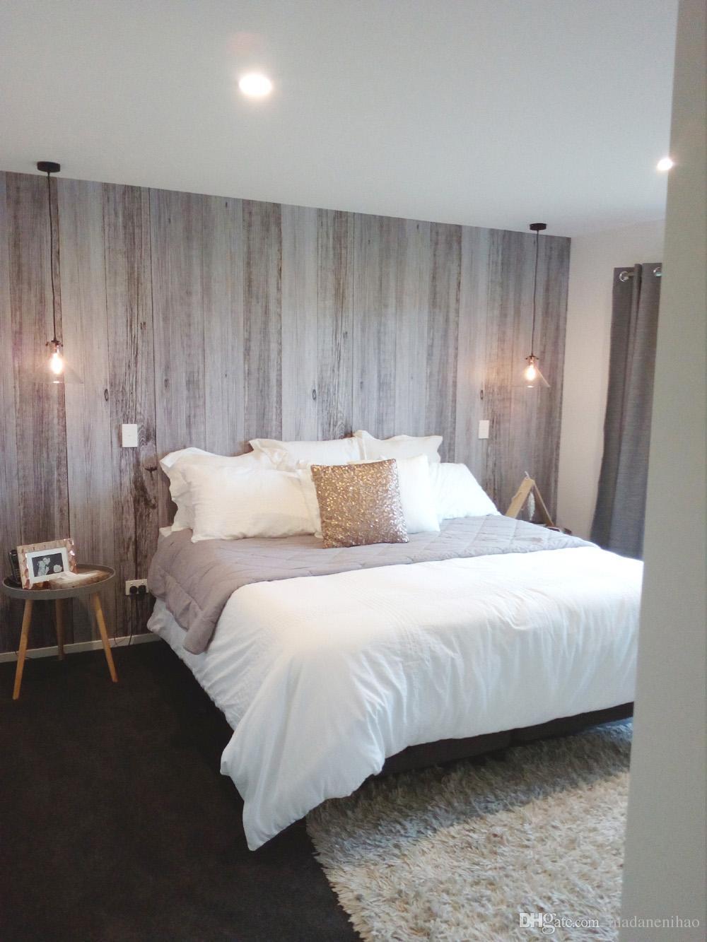 L\'asta di legno osserva l\'autoadesivo grigio della parete per l\'adesivo di  arte della parete dell\'abitazione della casa di soggiorno dello studio ...