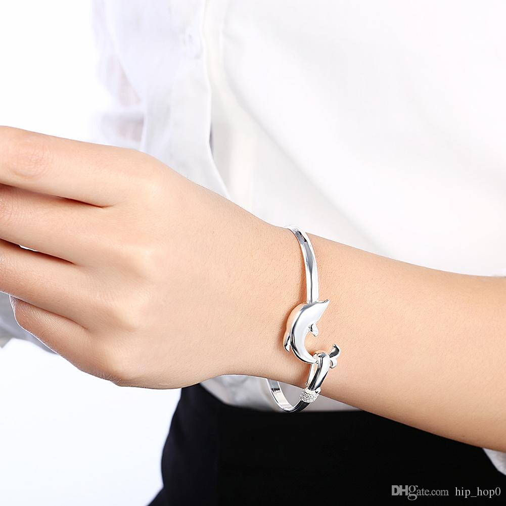 Lose Money! Wholesale 925 Jewelry Silver Plated Bangle Bracelet Animal Dolphin Charm Elegant Bangle for Girl Cute Accessories Christmas Gift