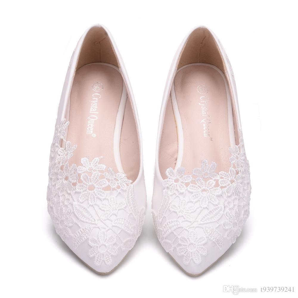 Crystal Queen Ballet Flats zapatos de boda de encaje blanco zapatos casuales de tacón plano de punta estrecha las mujeres Wedding Princess pisos más el tamaño 42