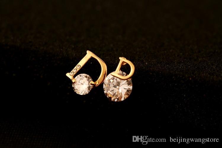 2017 New Moda Zircon assimétrica brincos por Mulheres Ouro 18K Letter Marca banhado jóias de alta qualidade