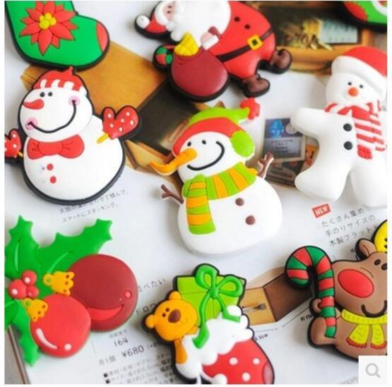 Inicio Imanes de nevera de PVC de dibujos animados de 5 cm Calcetines de Navidad de Papá Noel Nevera de alce Nevera de Navidad Regalos de Navidad Decoraciones