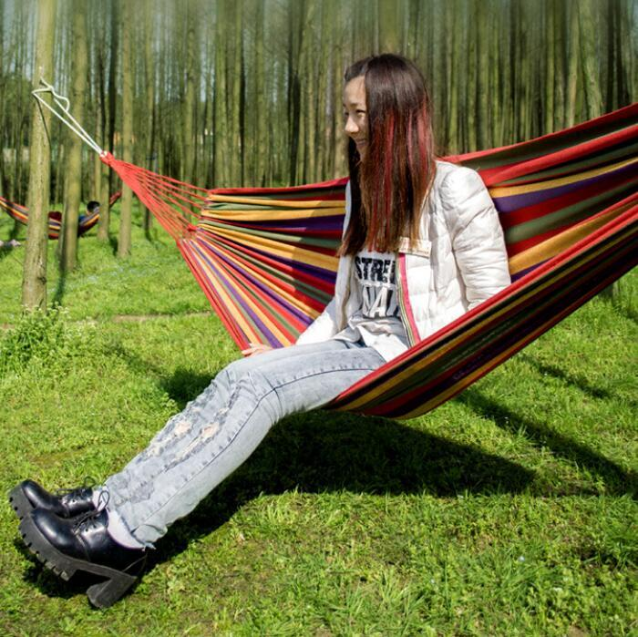 Vendita calda 200 * 100cm portatile all'aperto amaca giardino appendere campeggio viaggio altalena banda di tela spedizione gratuita