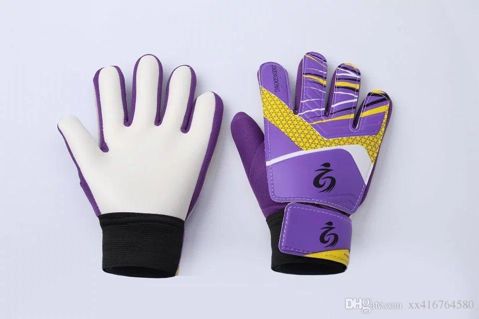 New Sports Boys Kids gloves for children Soccer Football training goalkeeper gloves team game protect finger Goalie Gloves boys