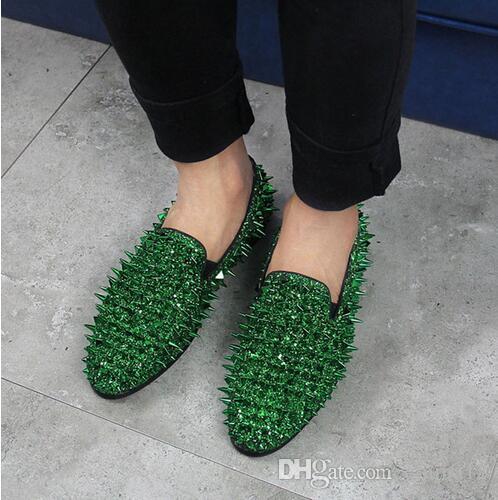 LTTL Fashion Design Mens scarpe casual piatto scintilla scintillio rosso blu verde Spiked scarpe da sposa partito rivetti borchiati mocassini uomo