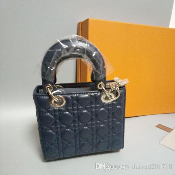 Büyük Avrupa tarzı lüks yeni çanta omuz çantası çanta moda çanta, yumuşak deri kabartmalı deri kortikal metal parçaları, dekorasyon Se