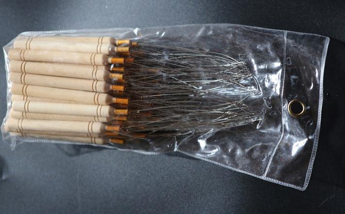 Tirar de agujas Mango de madera con alambre de acero inoxidable Tirar del enhebrador Herramientas Kit para micro perlas Extensiones de cabello Agujas al por mayor