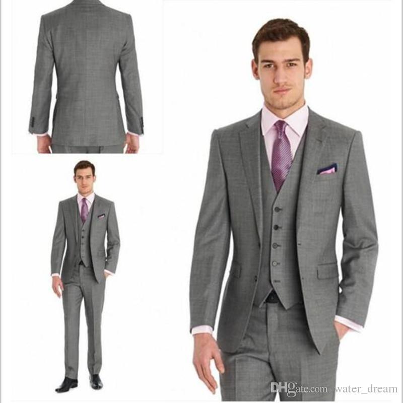 0fa03fba7a829 Compre 2018 Trajes A Medida Gris Oscuro Hombre De Moda Trajes Esmoquin  Padrinos De Boda Trajes De Boda Para Hombres 3 Piezas Chaqueta + Pantalones  + Chaleco ...