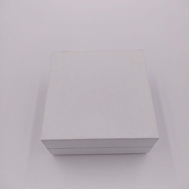 Коробка для упаковки ювелирных изделий 5 * 5 * 4см для с Пандора Стиль Ювелирный браслет Подвески Бусы Кольцо Коробка Подарочные витрины для ювелирных изделий Коробки упаковки
