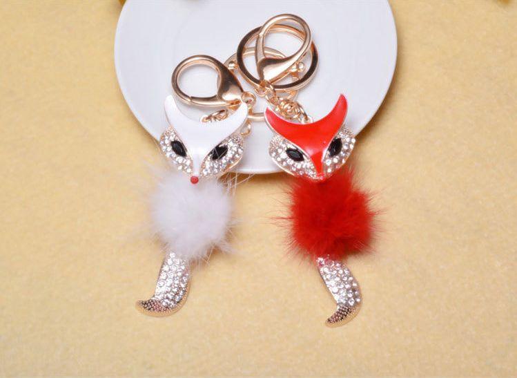 Fox Fur Ball Keychain Car Key Chain Ring Fox Fur Ball With Artificial Fox Inlay Pearl Rhinestone Key Chain Cool Gifts Women C135L