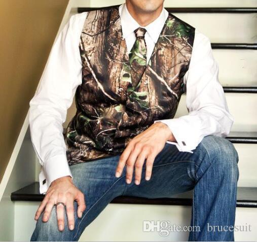 2019 Yeni Moda Kamuflaj Damat Yelek Comoflage Suit yelek erkekler Rustik Düğün Yelek Artı boyutu Ücretsiz Kargo Vest + Tie için Biçimsel Smokin Yelek