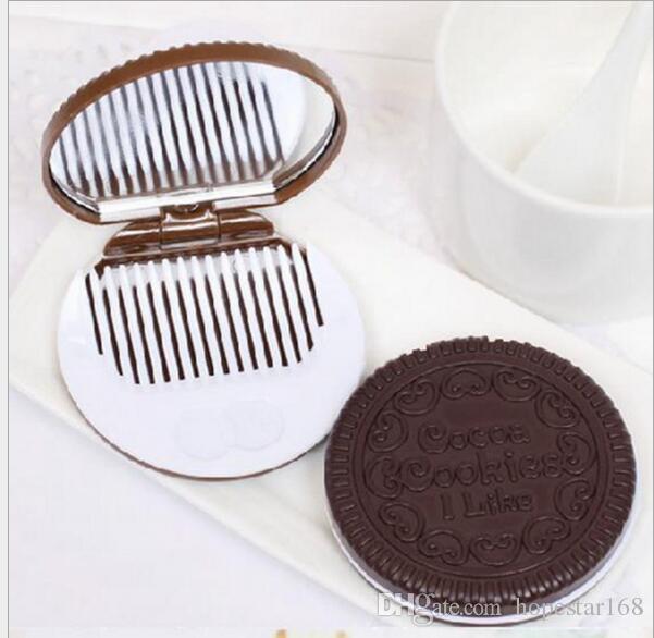 Pocket Portable Hand Mirror Mini Cute biscotti al cacao Compact Mirror con pettine Makeup Make Up Tools i di alta qualità