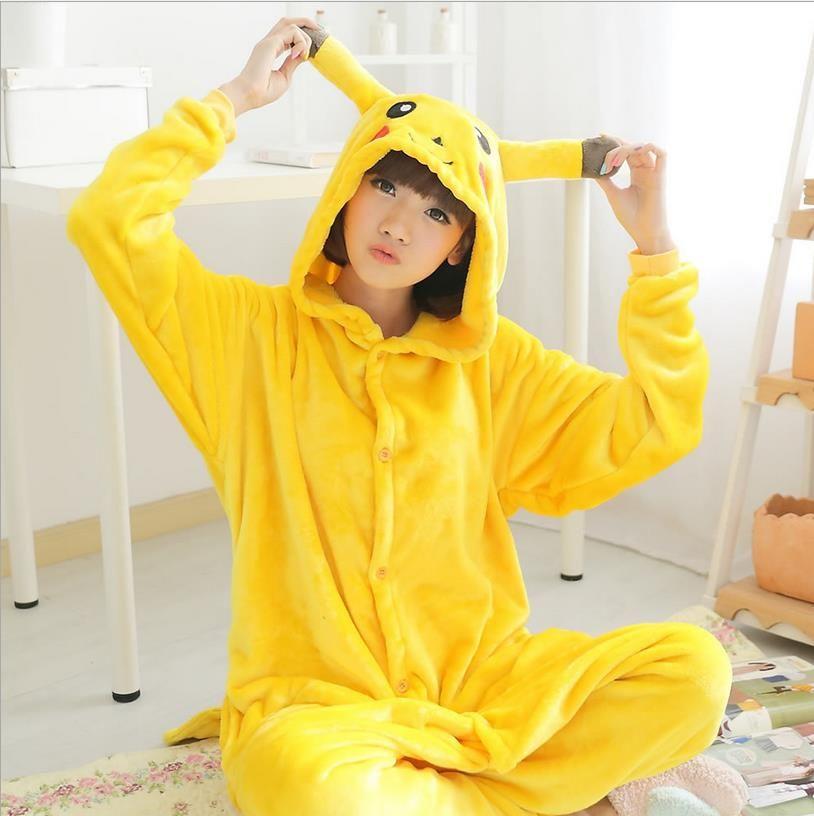Venta al por mayor Animal Stitch Unicornio oso Panda Koala Pikachu Onesie Adulto unisex cosplay pijamas ropa de dormir para hombres mujeres