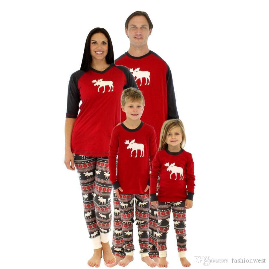 fb4792af47 2019 Womens Sleepwear Men Underwear Family Matching Christmas Pajamas Sets  Xmas Sleepwear Nightwear UK From Fashionwest