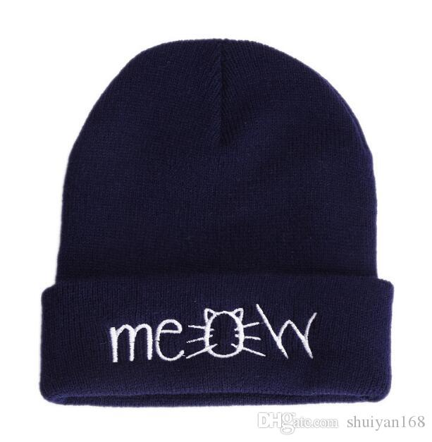 Beanie Hats for Girls Fashion Cat Meow Embroidery Beanie Hats Sports Women Winter Hats Hip Hop Beanie Caps for Men Women Christmas Gift