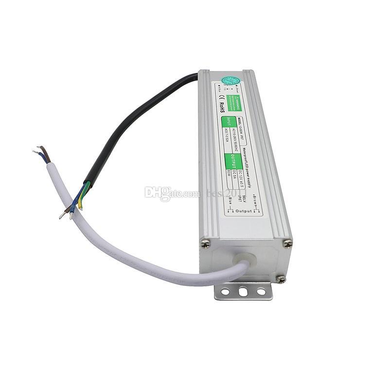 Su geçirmez 12 V 5A 60 W LED Güç Kaynağı Sürücü Trafosu LED Şerit LED Modülü için Çift Putout