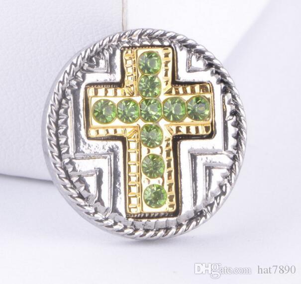 beaucoup alliage chaud Snap Jewelry Croix strass vert populaire boutons Snap pour 18 20mm Snap Button Bijoux NOOSA morceaux bijoux accessoire