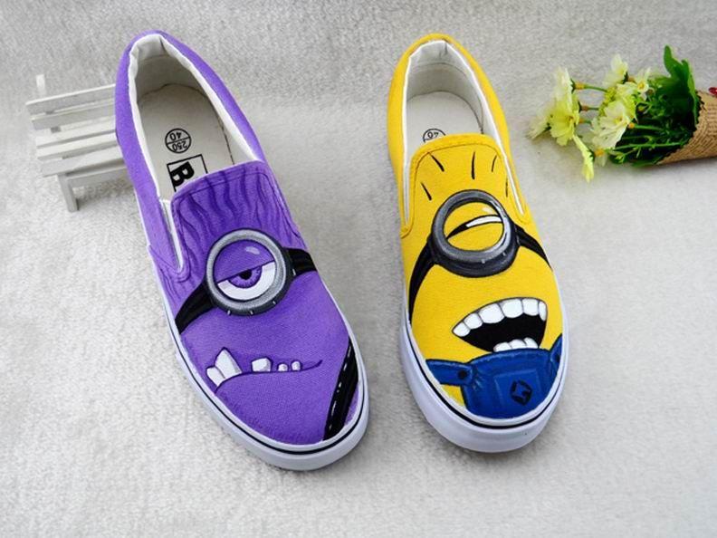 Good VS Evil Purple Yellow Mocasines pintados a mano Lona Zapatos de dibujos animados Graffiti Zapatillas de deporte de corte bajo Unisex Zapatos casuales