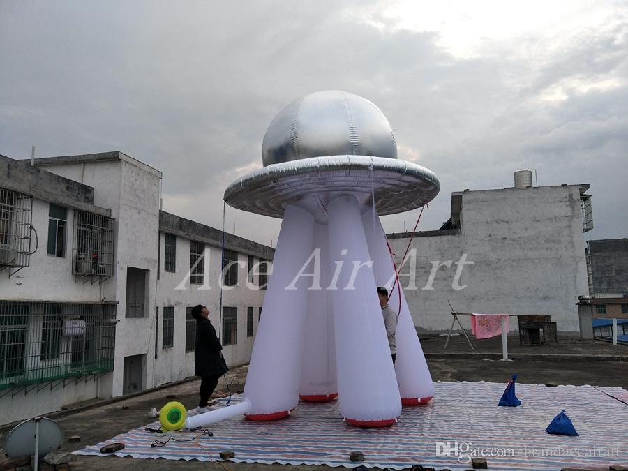Abóbada inflável gigante surpreendente dos pires de vôo do silve da abóbada do UFO de 4,5 m de altura para decorações