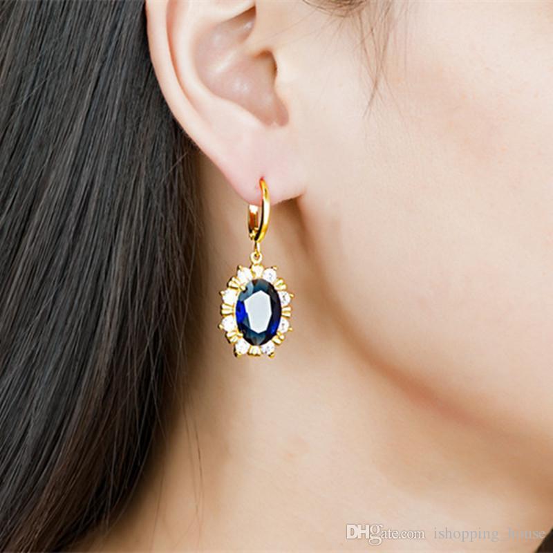 Gioielli Set Crystal Flower oro giallo 18K placcato sposa Sparky CZ orecchini collana le donne la festa nuziale JNST1037
