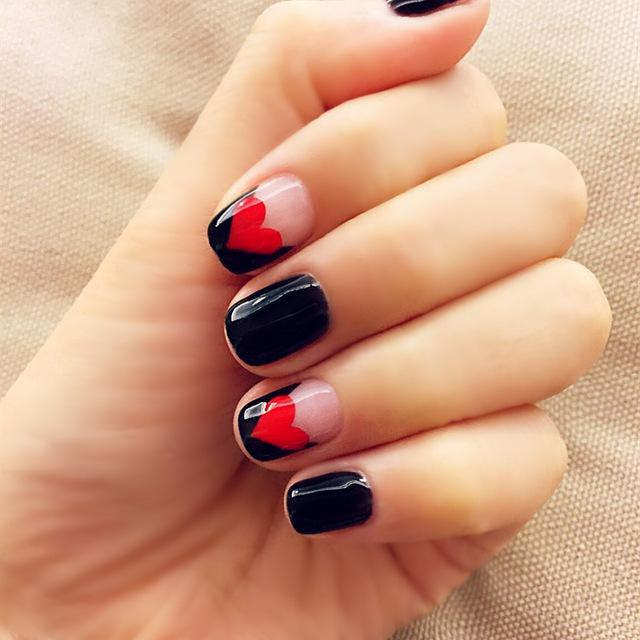 Wholesale Black And Red Love Pattern Fake Nails Japanese Cute False ...