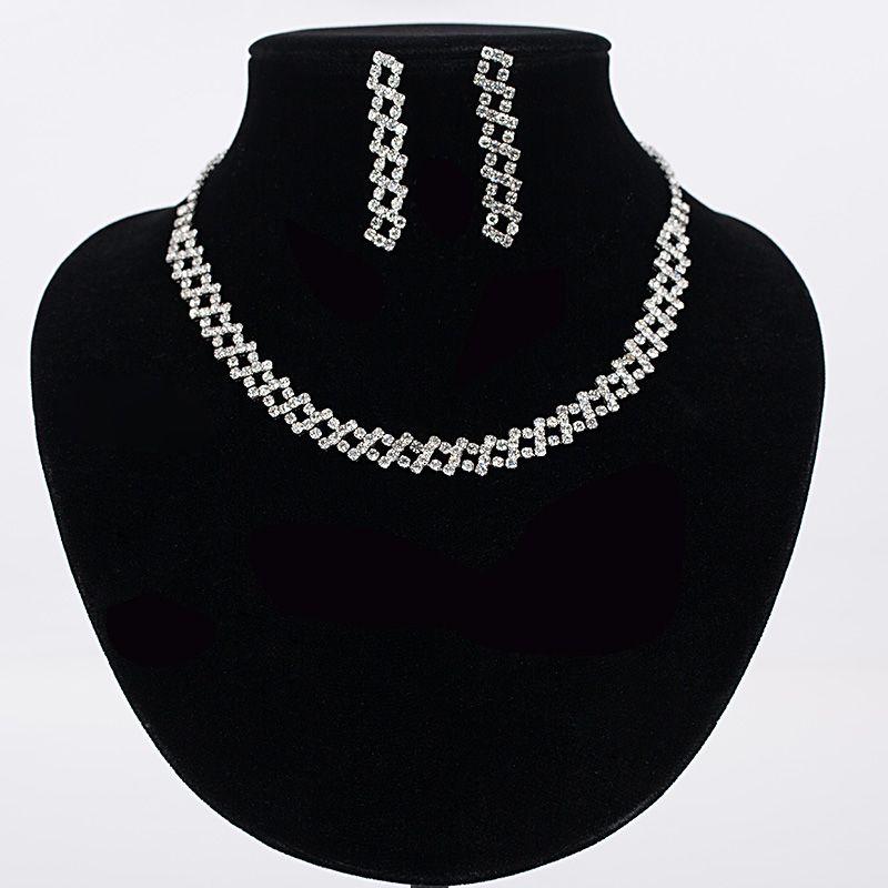 Fashion Jewelry Set Wholesale China sliver Plated Crystal Rhinestone Necklace Earrings Set