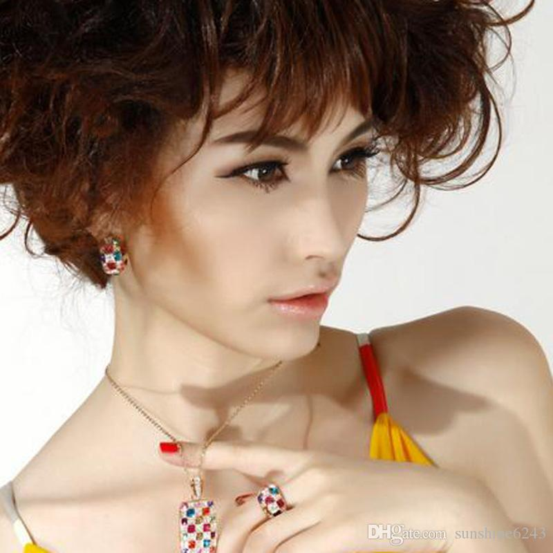 Женщины Роскошные Серьги Стержня Высококачественные 18 К Позолоченные Серьги Австрийские Хрустальные Серьги Ювелирные Изделия Королева Стиль