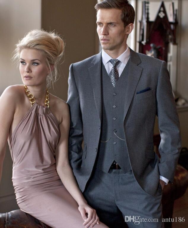 Yeni Stil Gri Damat Smokin Gentleman Erkekler Düğün takımları smokin Balo Suits Sağdıç smokin Ceket + Pantolon + Yelek