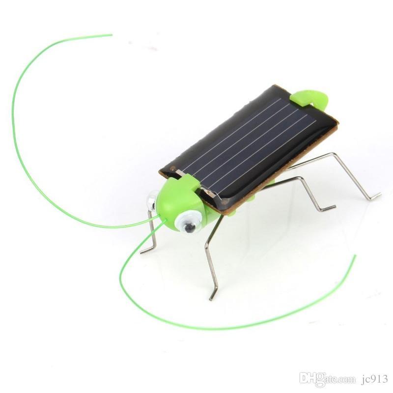 Lovely Mini Kids Solar Powered Giocattoli bambini Locust Solar Crazy Grasshopper Giallo e verde Solar Power Robot insetto Bug Moving Toy