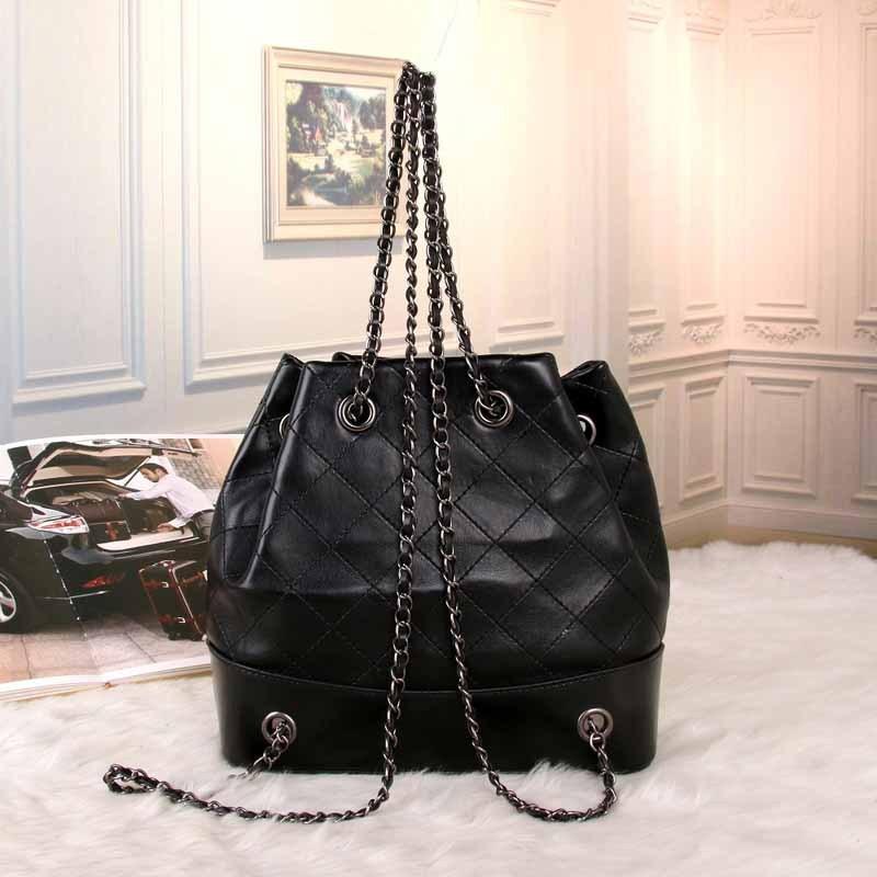 LACATTURA Luxury Flap Handbag Women Designer Leather Chain Shoulder Bag  Bird Buckle Fashion Messenger Bags Small 76b3d782b05e6