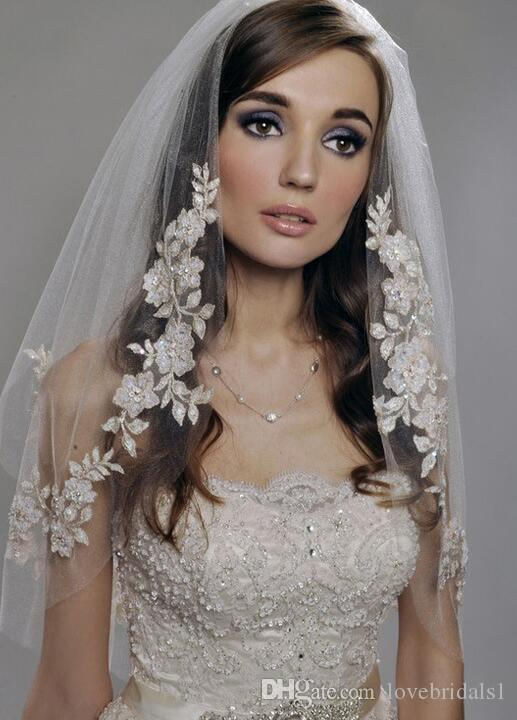 In Stock White Ivory Short Lace Appliques Two Layer Beaded Elbow Length Tulle Wedding Bridal Veil