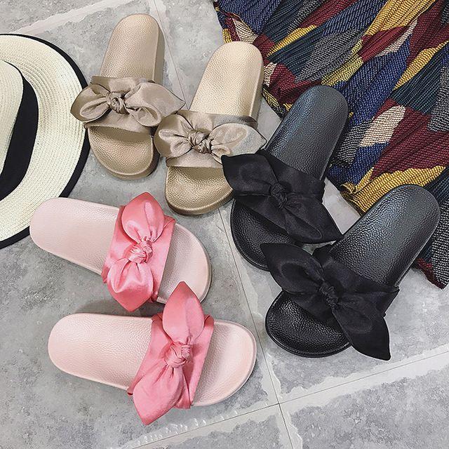 78829efee59fdb Silk Bow Fashion Slides Women Summer Slippers 2018 Sandals Pink Flat  Chinelo Brand Beach Shoes Rihanna Casual Flip Flops Bohemia Pink Shoes High  Heel Boots ...