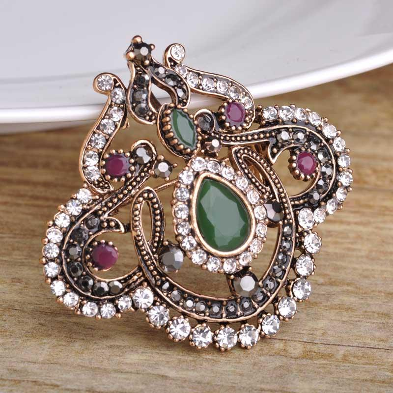 c04e2336ddc 2019 Wholesale New Design Green Acrylic Brooch Pins Water Drop Flower Women  Brooches Antique Gold Crystal Hair Accessories Large Safety Pins From  Beasy110, ...