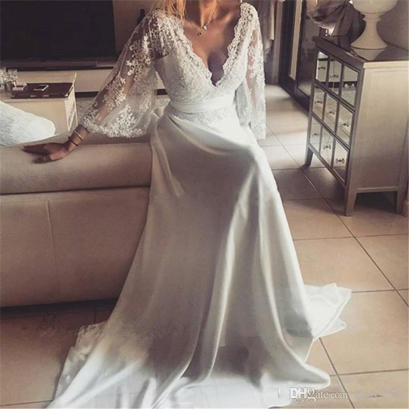 Sexy Plunging V Neck Bohemian Wedding Dresses 2017 Lace A Line 3/4 Long Sleeves Vintage Boho Bridal Gowns Beach Country Wedding Dress