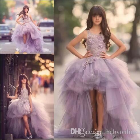 Lavanda Alta Baixa Meninas Pageant Vestidos de Renda Applique Sem Mangas Da Menina de Flor Vestidos Para O Casamento De Tule Roxo Inchado Crianças Comunhão Vestido